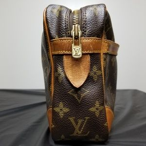 Authentic LV Compiegne 28 Cosmetic Pouch (Vintage)